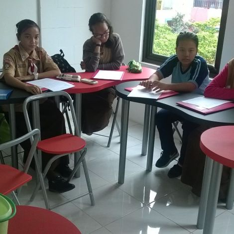Conversation class in the Center of J&F