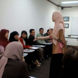 IHT class at Grolier International Jakarta